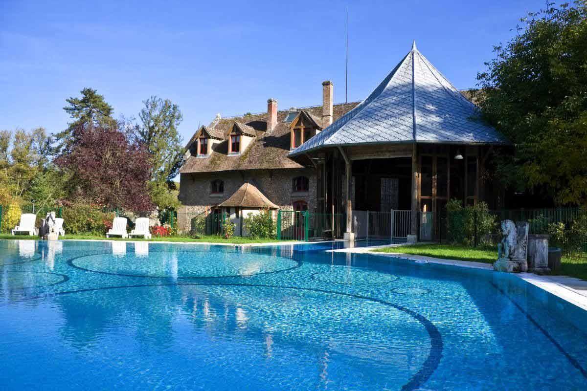 Abbaye des vaux de cernay rambouillet saint valentin for Spa piscine ile de france