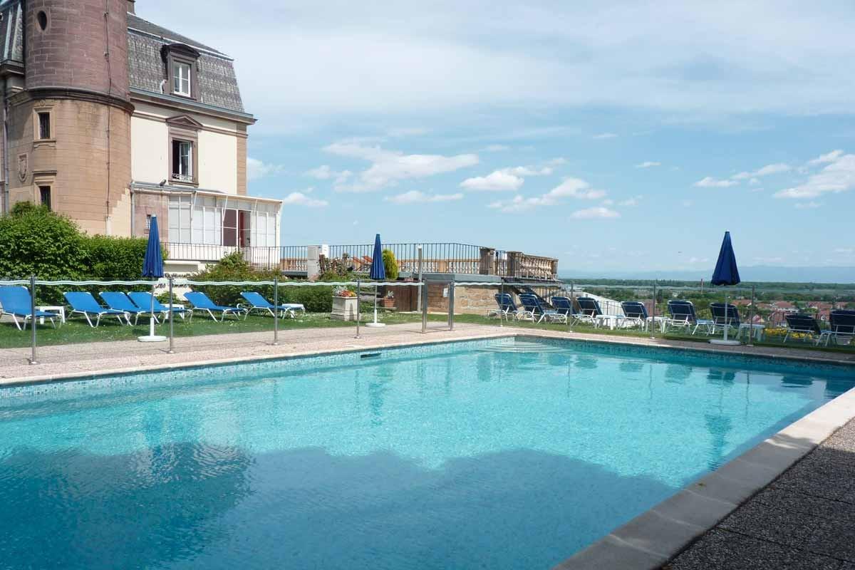 Chateau d 39 isenbourg et spa hotel rouffach colmar for Piscine rouffach