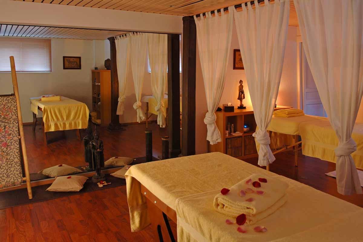 chateau d 39 isenbourg et spa hotel rouffach colmar promo chbre petits d j partir de 145. Black Bedroom Furniture Sets. Home Design Ideas