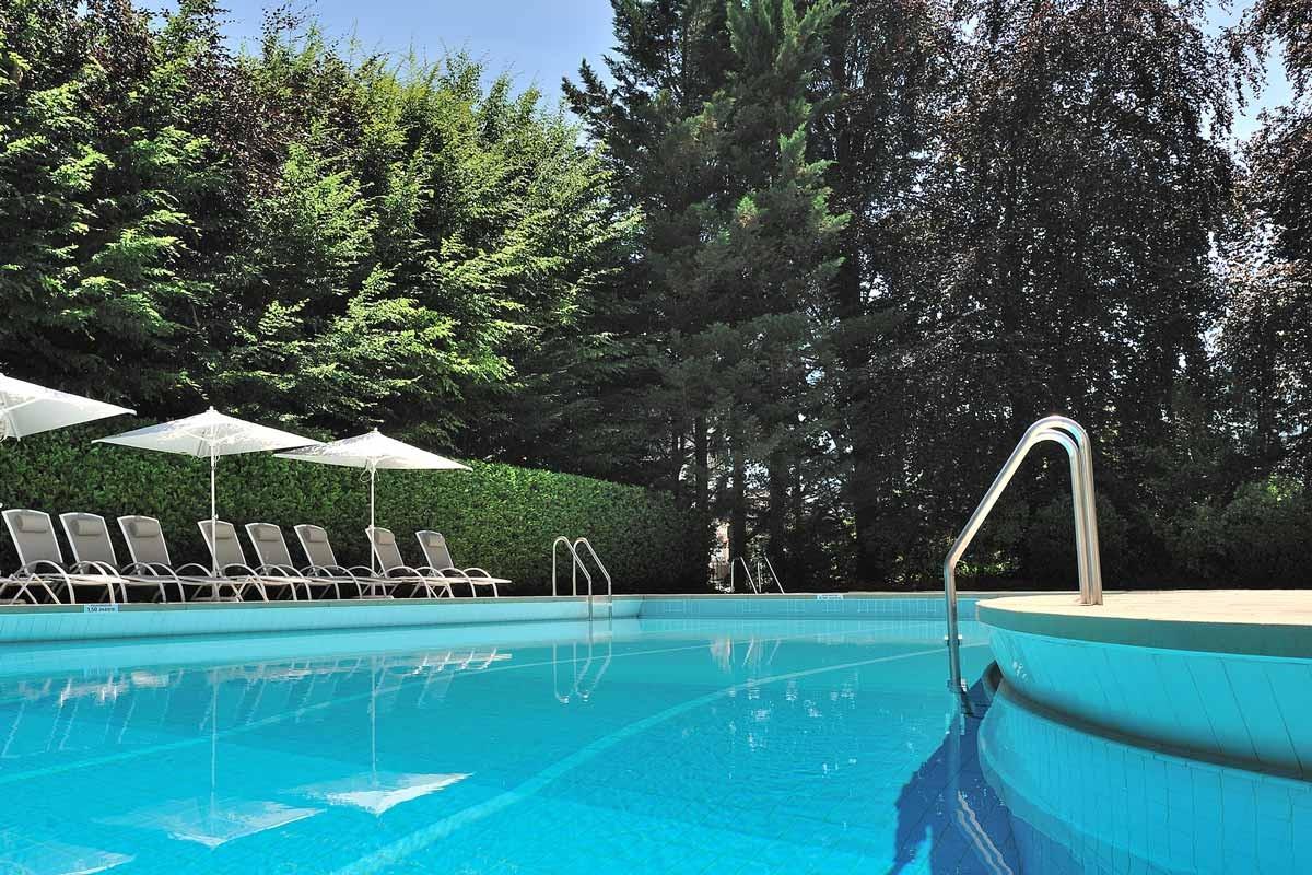 Hotel Piscine Interieure Aquitaine