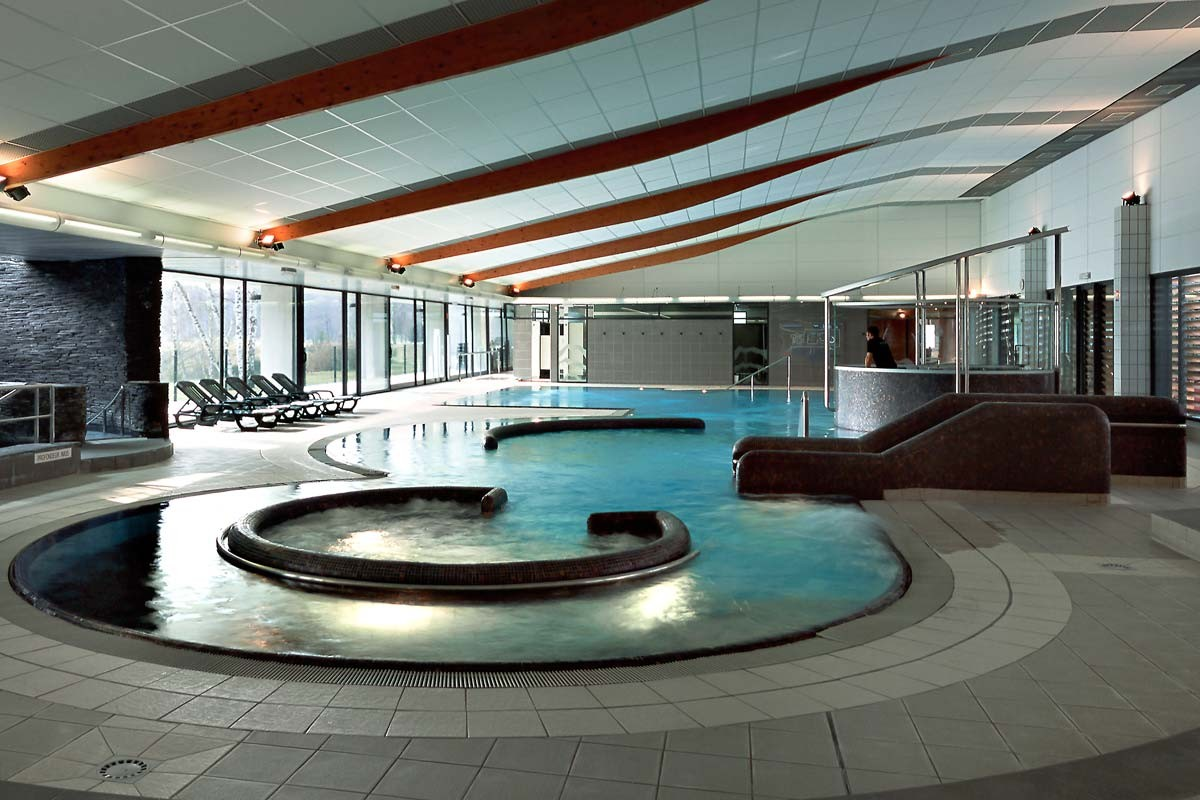 Les portes de sologne golf spa partir de 154 for Porte de piscine