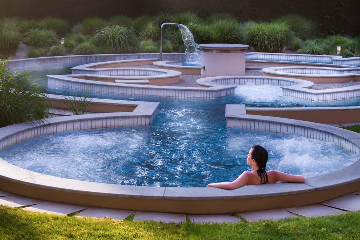 Hotel lyon metropole spa lyon chbre petits d j for Hotel lyon avec piscine