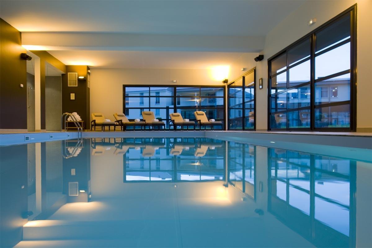 Paxton residence hotel marne la vall e partir de 90 - Residence piscine interieure ...