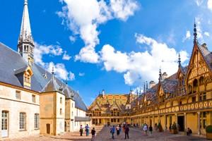 Château de Chailly - Hospices de Beaune situés à 35 minutes de l'hôtel