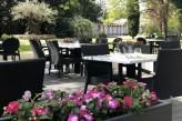 Hôtel les Oliviers à loriol sur drome - Petit déjeuner à l'extérieur