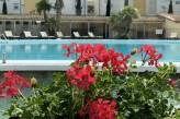 Hôtel les Oliviers à loriol sur drome - Vue piscine