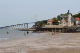 Hôtel Spa du Bery St Brevin - Vue plage les pins - duchesse-anne et pont ©otstbrevin