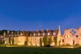Abbaye des Vaux de Cernay – Extérieur de Nuit