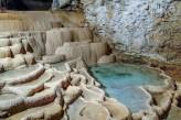 Chateau de la Barge - Grotte de la Balme à 90km de l'hotel