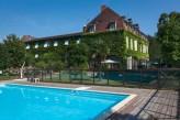 Chateau de la Barge - Façade et piscine