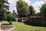 Château de Montvillargenne - Jardin à l'arrière du Château