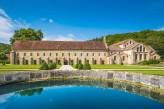 Hostellerie de la Poste - Abbaye de Fontenay à 40 minutes de l'hôtel
