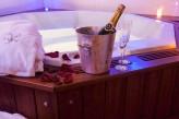 Hôtel l'Yeuse & Spa - Jacuzzi champagne