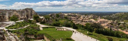 Hostellerie-le-Castellas-Baux-de-Provence-à-49-km-de-l'Hôtel