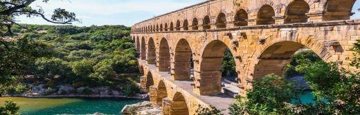Hostellerie-le-Castellas-Le-Pont-du-Gard-à-8-km-de-l'Hôtel
