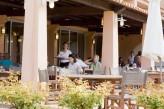 Hôtel Valescure Golf & Spa - Terrasse Restaurant les Pins Parasols