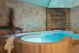 Hostellerie Berard & Spa - Vue Bassin