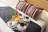 Hostellerie Le Castellas - Petit Déjeuner en chambre