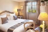 Hostellerie Berard & Spa - Chambre Charme Supérieure de la Bastide à deux lits
