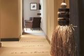 Hôtel l'Aubinière & Spa – Couloir d'entrée chambre Privilège