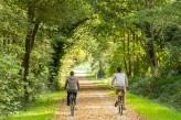 Forêt de Brocéliande : La voie verte parcourue par les vélos électriques à 15km de l'hôtel le Roi Arthur @BERTHIER-Emmanuel