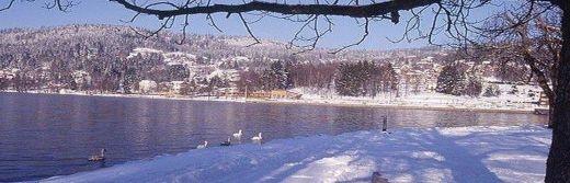 hotel la Jamagne les Vosges lac enneigé