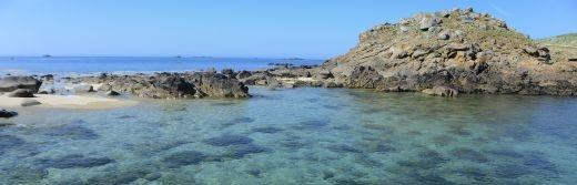 L'île-aux-Moines-vue-paradiasiaque-traversée-depuis-le-Port-Blanc-situé-sur-la-commune-de-Baden-situé-à-70km-de-l'hôtel-le-roi-arthur@PIRIO