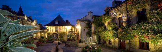 Rochefort-en-Terre- Petite-cité-de-Caractère-et-d'art-situe-34km-de-l-hôtel-le-roi-arthur@GROSS-Maxence